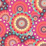 Naadloze gekleurde achtergrond van de Boho de bloemenkrabbel Stock Afbeelding