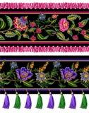 Naadloze grens met Indische etnische ornament en randen Volksbloemen en bladeren voor druk of borduurwerk Vector illustratie vector illustratie