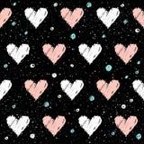Naadloze het patroonachtergrond van het hart Krabbel met de hand gemaakt roze en whit Stock Afbeeldingen