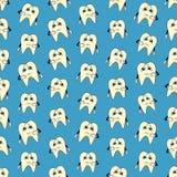 Naadloze kleurrijke die achtergrond van beeldverhalen van droevige tanden wordt gemaakt stock illustratie
