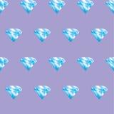 Naadloze patroon blauwe diamanten op violette achtergrond brilliants Royalty-vrije Stock Afbeeldingen