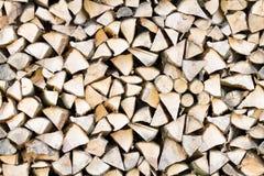 Naadloze patroon van de brandhout free-standing stapel stock afbeeldingen