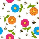 Naadloze textuur met beeldverhaalbloemen en bijen. Royalty-vrije Stock Foto