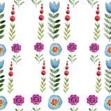 Naadloze waterverfachtergrond die uit roze bloemen en bloemblaadjes bestaat Stock Foto
