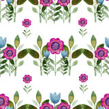 Naadloze waterverfachtergrond die uit roze bloemen en bloemblaadjes bestaat Royalty-vrije Stock Afbeelding