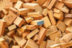 Naai houten schroot Stock Afbeeldingen