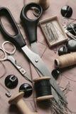 Naaiende uitrusting. Stock Foto