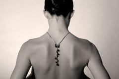 Naakt meisje met juwelen Stock Foto