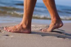 Naakte voeten bij het overzees Royalty-vrije Stock Foto