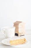 Naar huis gebakken honingscake Royalty-vrije Stock Afbeeldingen