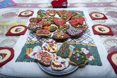 Naar huis gemaakte Kerstmiskoekjes stock fotografie