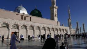 Nabawi-Moschee in Medina-Stadt von Lichtern, Saudi-Arabien stock video footage