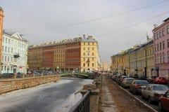 Naberezhnaya kanala Griboedova Ryssland St Petersburg, 12 mars 2017 Arkivfoto