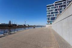Nabrzeże deptak w Bremen, Niemcy Zdjęcie Stock