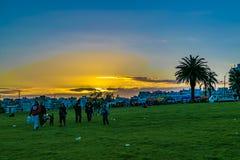 Nabrzeże park przy zmierzchem, Montevideo, Urugwaj zdjęcia stock