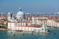 Nabrzeże widok Santa Maria della salut w Wenecja obraz stock