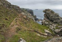 Nabrzeżna ścieżka blisko przylądka Cornwall, Cornwall UK obrazy royalty free