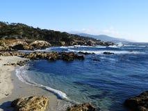 Nabrzeżna plaża wzdłuż Kalifornia trasy 1 Zdjęcia Stock