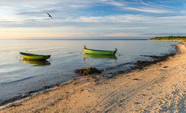 Nabrzeżny krajobraz z łodziami rybackimi, morze bałtyckie, Europa Zdjęcie Stock