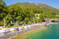 Nabrzeże deptak w St Wolfgang na Wolfgangsee, Austria Obraz Royalty Free