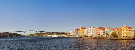 Nabrzeża i królowej Juliana most, Willemstad, Curaçao a Fotografia Royalty Free