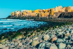 Nabrzeżna wioska Costa Gran Canaria Obrazy Royalty Free