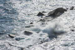 Nabrzeżne fala przy Syracuse Zdjęcie Royalty Free