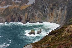 Nabrzeżny scenerii Slieve liga w Irlandia Obraz Royalty Free