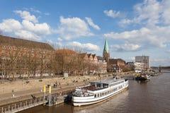 Nabrzeże deptak w Bremen, Niemcy Fotografia Stock