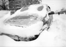 Nach Schneesturm in der Stadt. Lizenzfreie Stockfotos