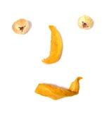 Nachahmung des menschlichen Gesichtes mit getrockneten Früchten stockfotos