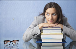 Nachdenkliche Geschäftsfrau Stockfotos