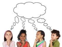 Nachdenkliche Kinder Lizenzfreie Stockbilder