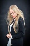 Nachdenkliches blondes Mädchen Lizenzfreie Stockfotografie