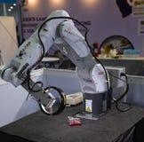 Nachi机器人系统MZ07机器人 免版税库存图片