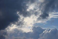 Nachmittagswolken Stockbilder
