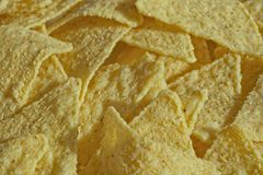 Nachos de fond de nourriture, chaotiquement empilés photo libre de droits