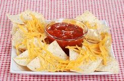 Nachos e formaggio fotografie stock