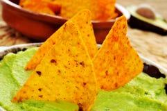 Nachos e guacamole Imagens de Stock Royalty Free