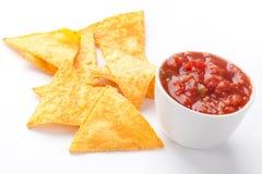 Nachos e mergulho do tomate Fotos de Stock