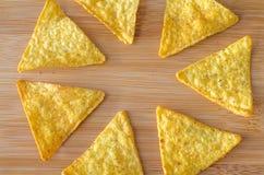 Nachos mexicanos das microplaquetas de milho do triângulo Imagem de Stock