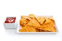 Nachos und Soße lizenzfreies stockbild