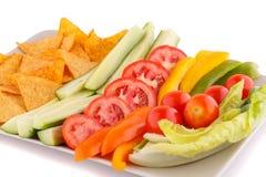 Nachos y verduras fotografía de archivo libre de regalías