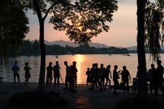 NACHRICHTEN ** Hangzhou backt in 41 Grad Celsius - Leuteleben Stockfoto