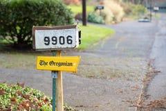 Nachrichten-Papierbriefkasten 'des Oregonian ' lizenzfreies stockfoto