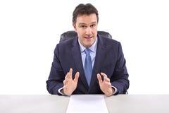 Nachrichten-Reporter auf weißem Hintergrund Lizenzfreie Stockbilder