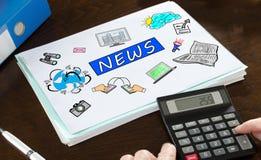 Nachrichtenkonzept veranschaulicht auf einem Papier Stockbild