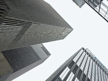 Nachschlagenansicht von New- Yorkwolkenkratzern stockbilder