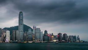 Nacht aan dag timelapse van Hong Kong stock video