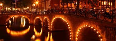 Nacht Amsterdam royalty-vrije stock afbeeldingen